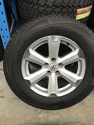 "4x Toyota Kluger Genuine 17"" With Kumho Tyres"