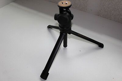 Vanguard SP-30 Tripod;
