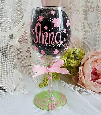Personalised hand painted wine glass birthday 18th 25th 40th 50th mum party