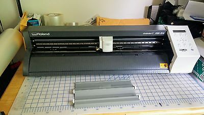 "24"" Roland GS-24 CAMM-1 Vinyl Cutter/Plotter, Make Signs Decals and More"