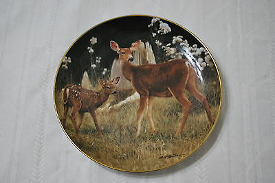 1992 Danbury Mint Decorative Plate - Watchful Doe - Nice!!