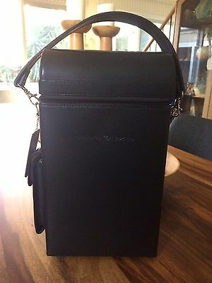 Leather wine carry bag