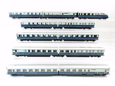Golden Age Models Rake Of 11 2-Tone Blue Coronation Articulated Coaches