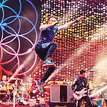 Pen + present two tickets coldplay concert in Brussels June 21th