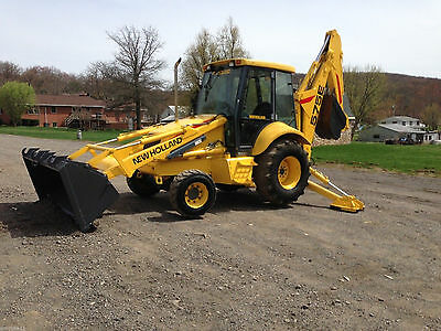 New Holland 575E Backhoe Loader