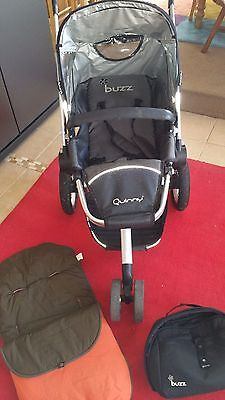 Quinny Buzz buggy, with cosy toes and bag