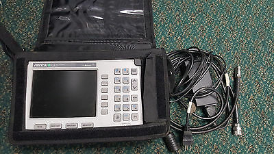 Anritsu SiteMaster S332D Cable / Antenna & Spectrum Analyzer w/ Charger, Adapter