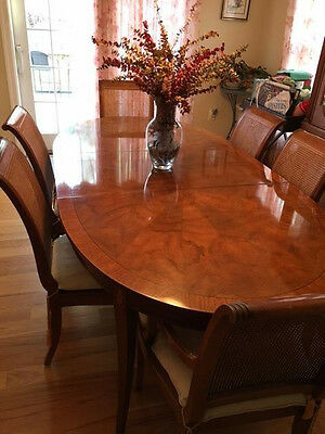 Drexel Heritage - Beautiful  Formal Dining Room Set