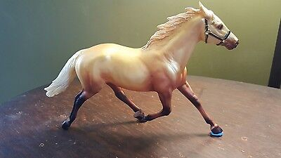 Breyer horses...TRU Horse of a different color...Pacer mold