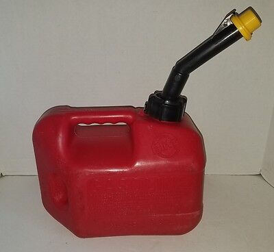 Blitz 1 gallon 4 ounce Plastic Gas Can with Old Style Spout & Yellow Cap