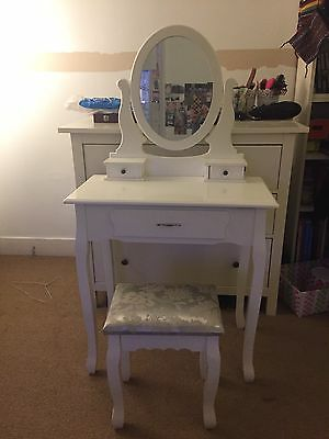 White Wooden Dressing Table With Mirror & Stool