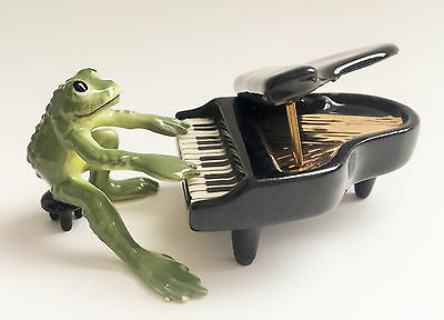 Hagen Renaker Frog Playing the Piano