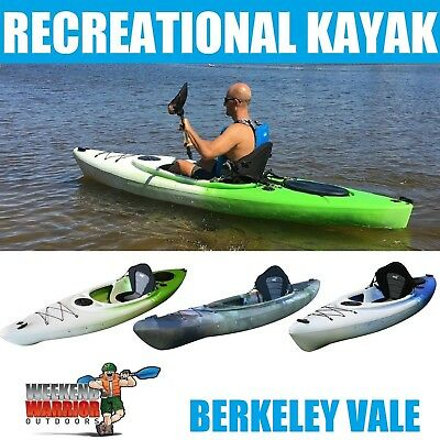 Sit in Kayak 3 metre Canoe style INCLUDES PADDLE SEAT FISHING ROD HOLDERS STABLE