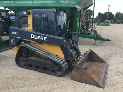 2010 John Deere 319D Skid Steer Loader