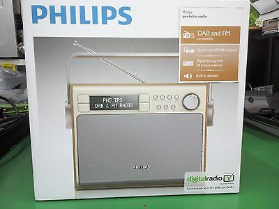 AE5020 Philips radio vintage