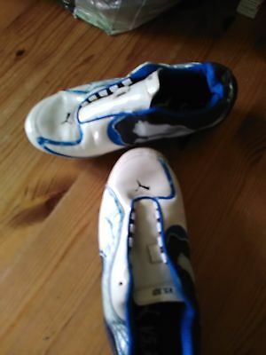 Crampons Chaussures de foot taille 37 Puma