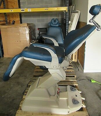 Boyd Industries Ophthalmic Dental Medical Tattoo Exam Chair E-2010CB - TESTED