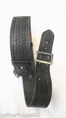 Smith And Wesson S&w Leather Basket Weave Duty Belt Black Size 32 (?) 2 1/4 Inch