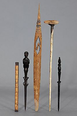 :: A Group of Spatulas, New Guinea
