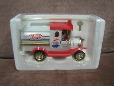 Pepsi-Cola Diecast Coin Bank Truck Collectable Models Golden Classic