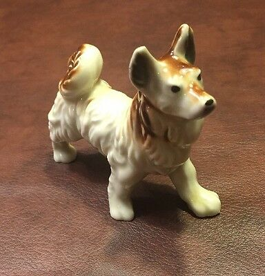 "Nice Vintage Akita Dog Standing Porcelain Figurine 4"" Tall Made In Japan Woof!"
