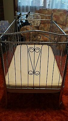 Beautiful antique brass and metal cot