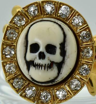 MUSEUM antique Georgian 18k gold&1.2ct Diamonds Memento Mori Skull Poison ring