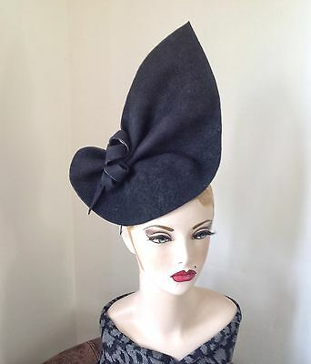Vintage style, 1940s Inspired black felt Sculptured Hat, Can Be Worn 2 Ways