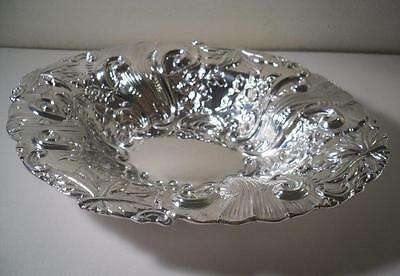 An Elaborately Decorated Antique Silver  Bowl / Dish : London 1896