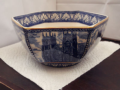 Wade  Ringtons Boxed Blue And White Six Sided Maling Bowl Abbeys And Castles