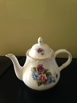 Arthur Wood And Son #6731 Tea Pot With Lid - Made In England