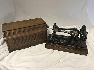 Vintage Singer Portable Electric Sewing Machine w/Original Carrying Case 1906