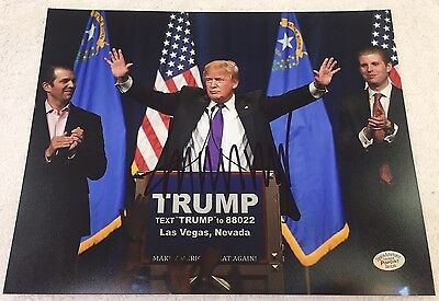 Donald Trump Signed 8x10 Photo Potus with COA + Matching Numbered Hologram