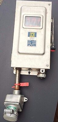 SQUARE D Enclosed Switch H362-DS   Fused 60 AMP with Crouse H 30 amp Receptacle