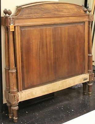 FRENCH WALNUT DAY BED, 19TH CENTURY Lot 6512