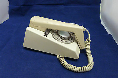 Vintage Trim Phone 2/722 F with Rotary Dial