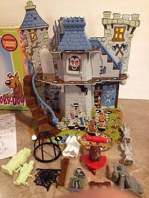 Scooby Doo Haunted House 3D Board Game  Complete 2009 Pressman
