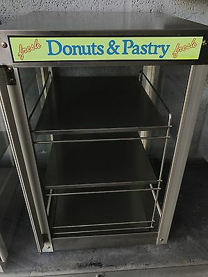 Star - Dry Non-Dairy Pastry Display Case - Used - 15 x 16.5 x 24.5