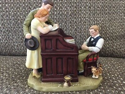 """NORMAN ROCKWELL INSPIRED """"THE MARRIAGE LICENSE"""" Figurine By Gorham - NEW!"""