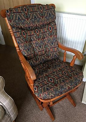 Dutailier Rocking / Nursing Chair, Wooden, Good Condition, Smoke & Pet-Free Home