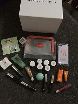 Clinique bundle Gift Box with Beauty Goodies/samples (NEW)