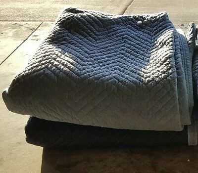 "MOVING BLANKET PROFESSIONAL QUILTED PADDED, USED, SIZE 70"" x 75"" (RANDOM COLORS)"