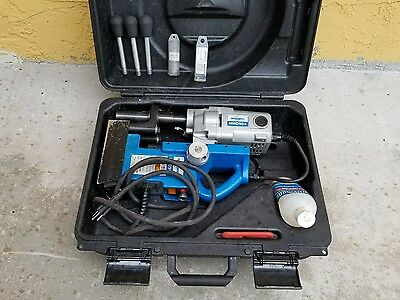 Hougen HMD904 Portable Magnetic Drill with 2 Bits