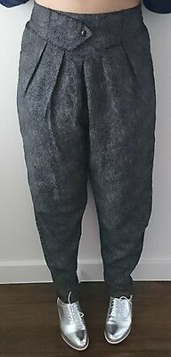 Vintage High Waist Pleated Pants. Black with white spots