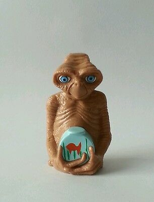 2002 Universal Studios E.T. Extra Terrestrial with Fish Bowl PVC Toy Figurine