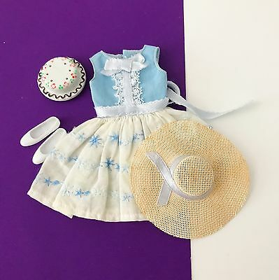 Vintage Skipper Happy Birthday Outfit w Dress, Shoes, Hat & Cake #1919 1964