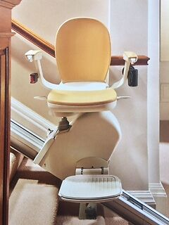 Acorn Stair Lift Superglide 130 ( only 10 months use) 415cm straight track