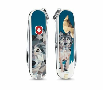 0.6223.L1704 VICTORINOX SWISS POCKET KNIFE Classic 2017 The Wolf is Coming Home