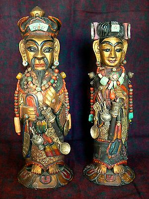 Nepal - Pair of statuettes King and Queen wood / Estatuillas rey y reina