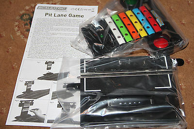 SCALEXTRIC C7041 PIT LANE GAME - BRAND NEW c/w INSTRUCTIONS